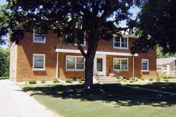 Apartment for rent in Cedarburg, WI.  Exterior view.